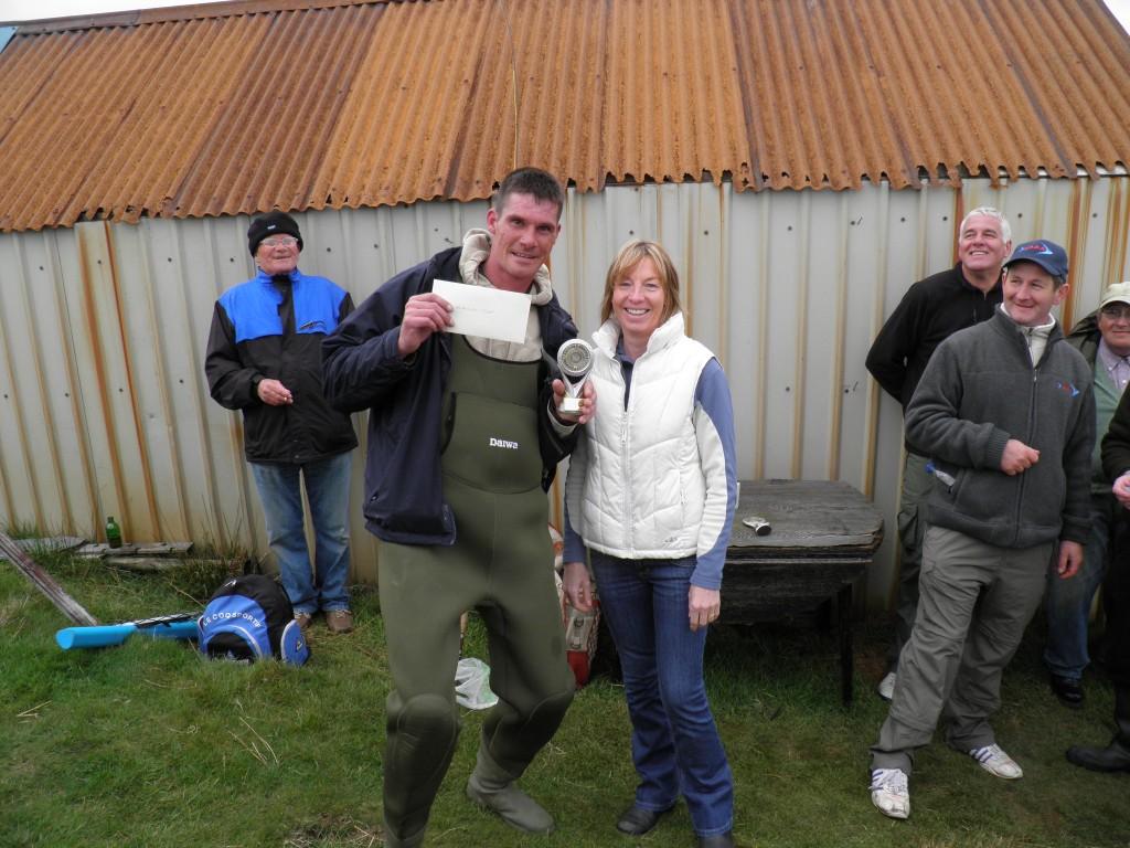 Drew McSkimming won the Heaviest Fish - Rosie Shaw presenting the prizes.