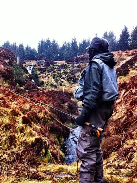 Geo takes a walk up the Spoutloch Burn.